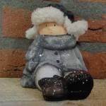 56.-Landelijke-decoratie-wintertime-beeldje-kind