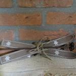 81.Landelijke-decoratie-Wooden-ski-bruin-woonaccessoires-landelijk-wonen-kerstdecoratie